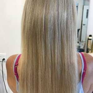 blonde-keratin-bond-hair-extensions-fortelli-hair-salon-oakville