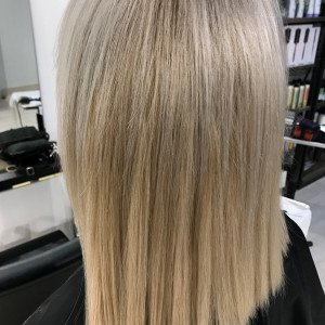 straight-blonde-hair-extensions-oakville-ON